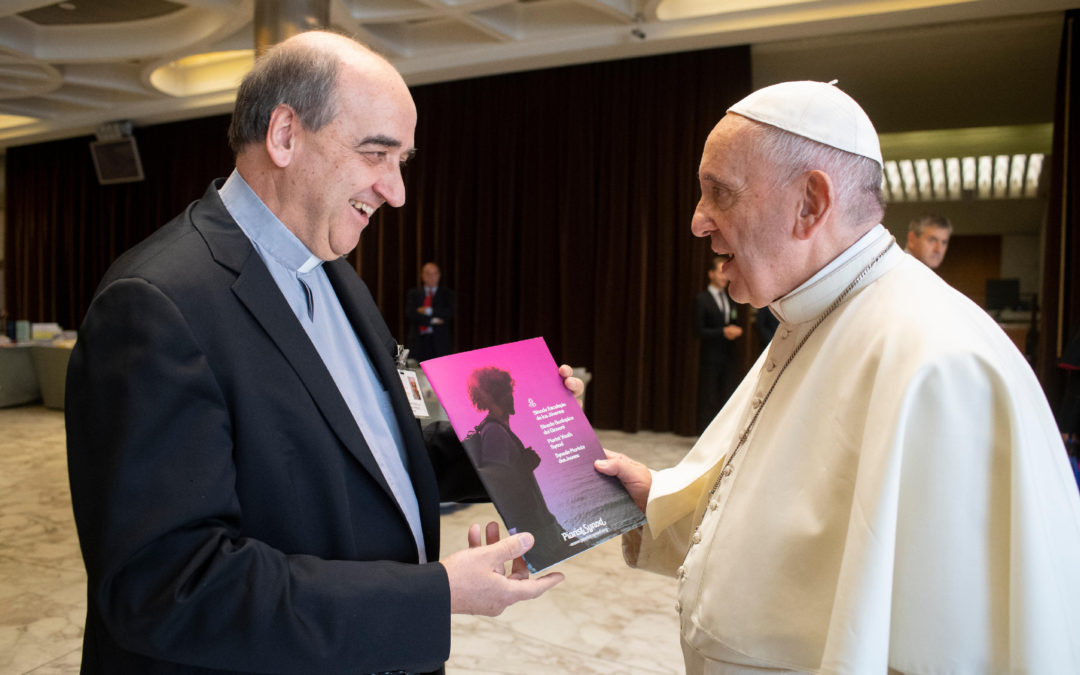"The Pope receives the document ""Piarist Synod on Youth"""