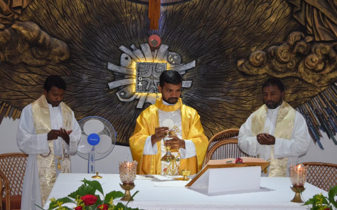 Viceprovince of India. The first mass of Karuna